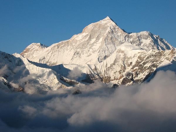 Восхождения в Непале. Макалу