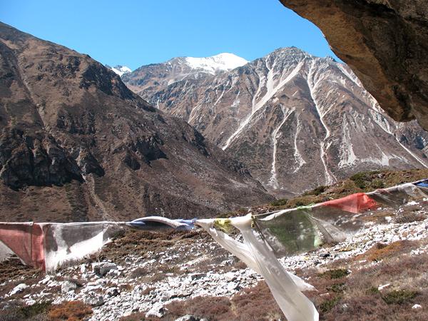 Паломничество в Непал. Пещера Миларепы