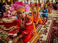 Таиланд. Фестиваль Пой Санг Лонг