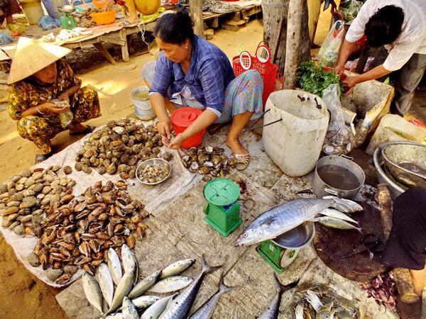 Рыбный рынок во Вьетнаме. Фантьет. Фото