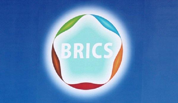 В Москве надеются на запуск Банка развития БРИКС накануне открытия саммита в Уфе